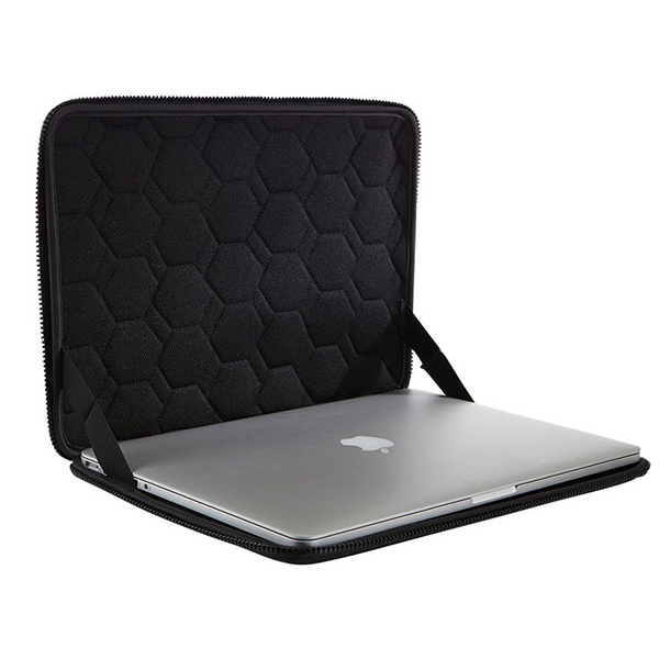 "Чехол для ноутбука Thule Gauntlet 3.0 MacBook Pro® Sleeve 13"" Black(TGSE-2253)"