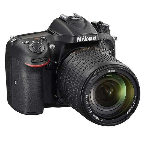 Зеркальная фотокамера Nikon D7200 + 18-140 VR Kit