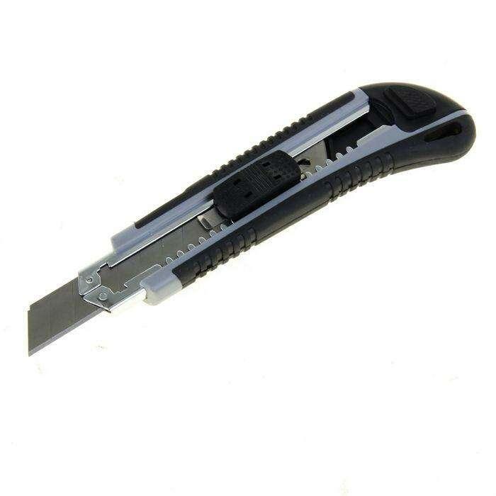 Нож универсальный TUNDRA premium, прорезиненный корпус, усиленный, 2 лезвия, 18 мм
