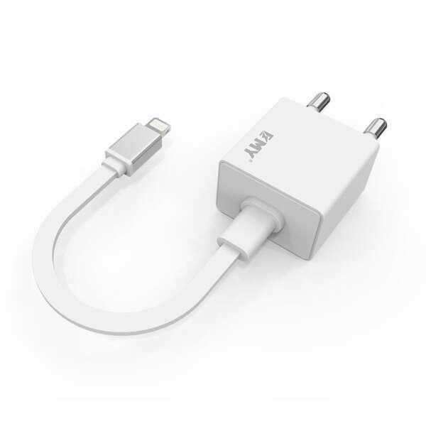 Сетевое зарядное устройство EMY MY-222 для iPhone 6 White