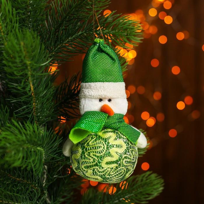 """Мягкая игрушка-подвеска """"Дед Мороз и Снеговик"""" зелёный наряд, МИКС"""