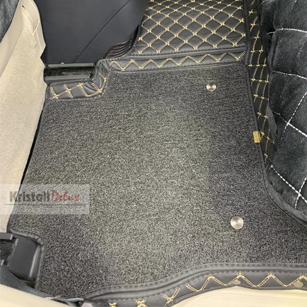 Коврики Kristall-auto Mitsubishi Pajero 3-4 1999 - 2020 черный / бежевый