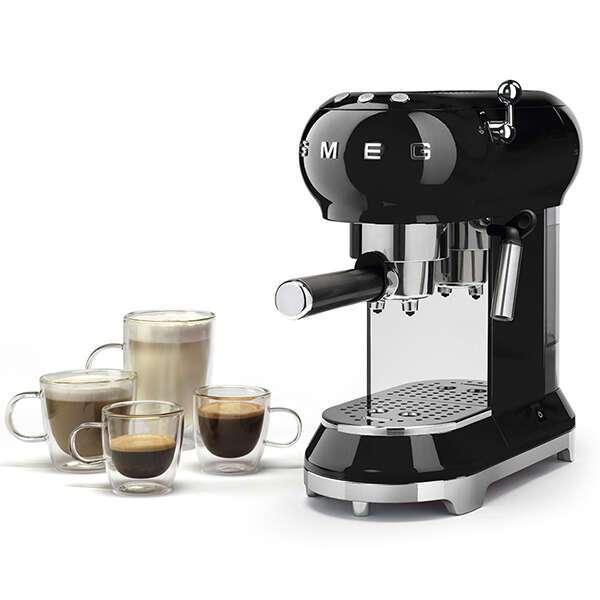 Кофемашина-эспрессо Smeg ECF-01BLEU (Черный)