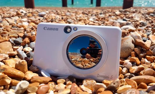 Отличная фотокамера моментальной печати Canon Zoemini S